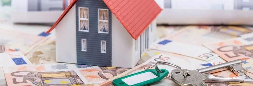 Passer par une agence immobilière pour vendre ou acheter
